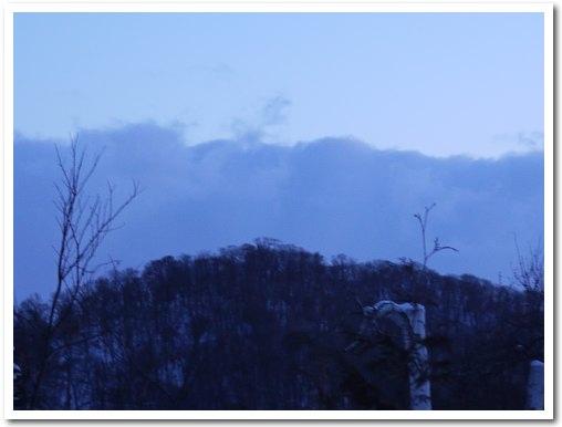 sky100201_l.jpg