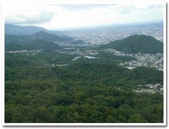右は円山,我が家は左側