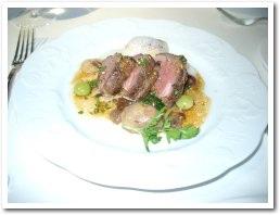 子羊肉の主菜